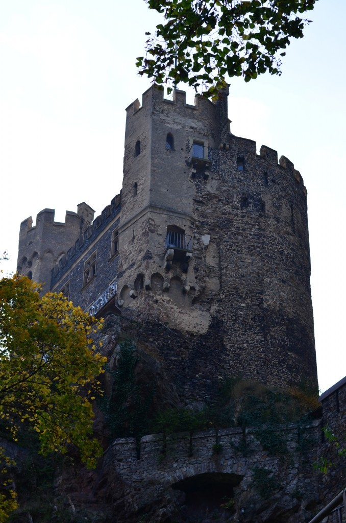 Field Trip Friday: Trechtingshausen, Rheinstein Castle