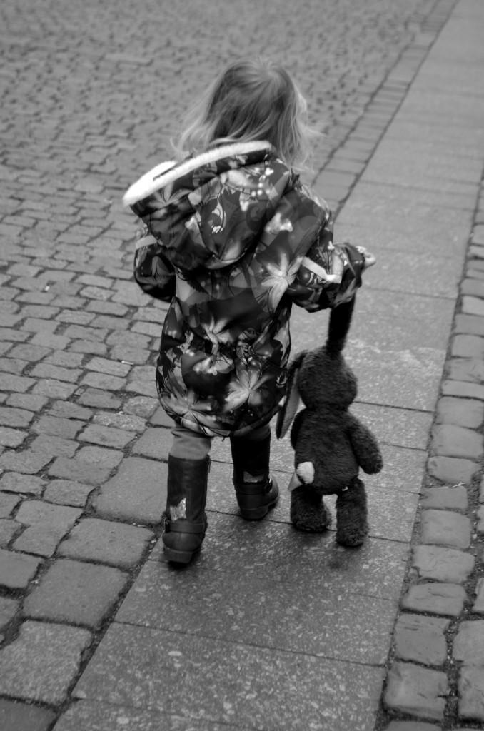 Wordless Wednesday: A Girl in Prauge