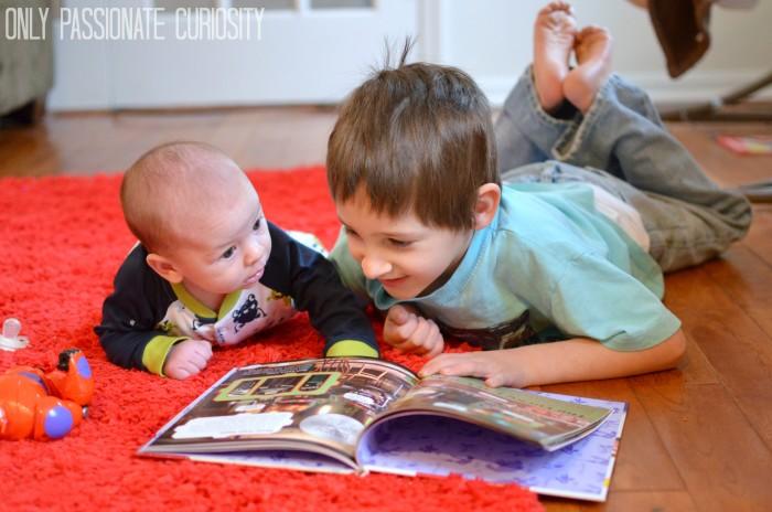 BigHero6- Reading the Book #Shop